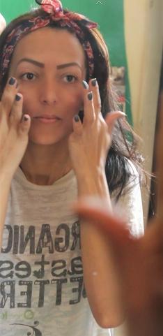 Preparação de pele com primer - poros e linhas finas.jpg