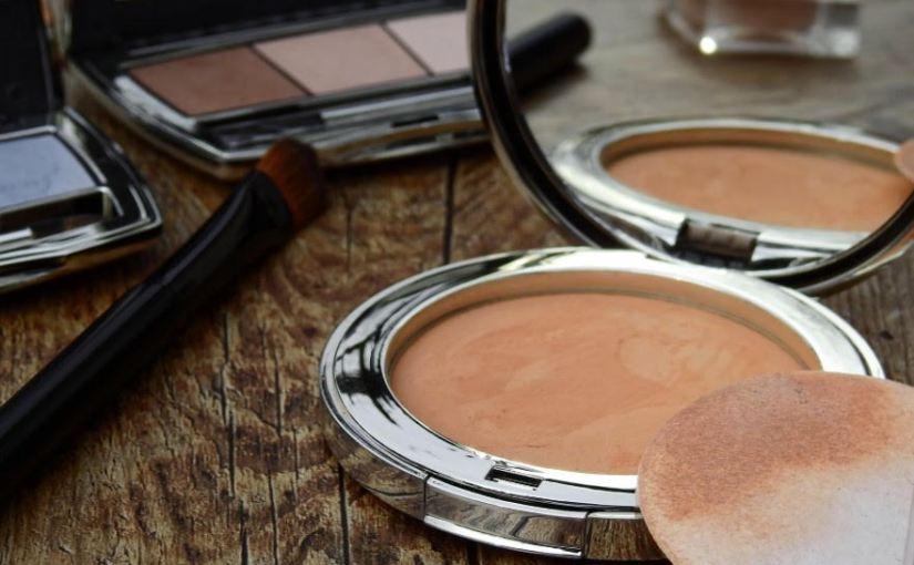 Como embalar produtos de beleza para mudança decasa
