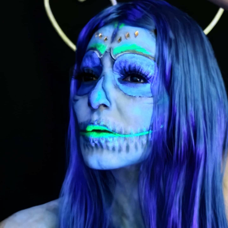 maquiagem caveira fluorescente